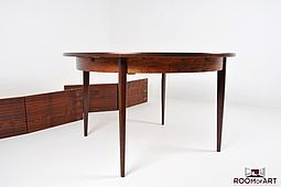 Extendable Dining Table in Rosewood
