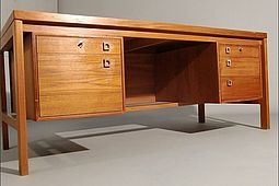Writing Desk in Teak by Arne Vodder