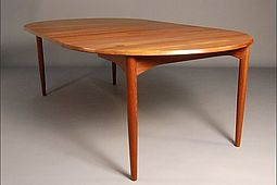 Dining Table in solid Teak