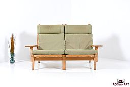 GE-375/2 Sofa in Oak by Hans J.Wegner