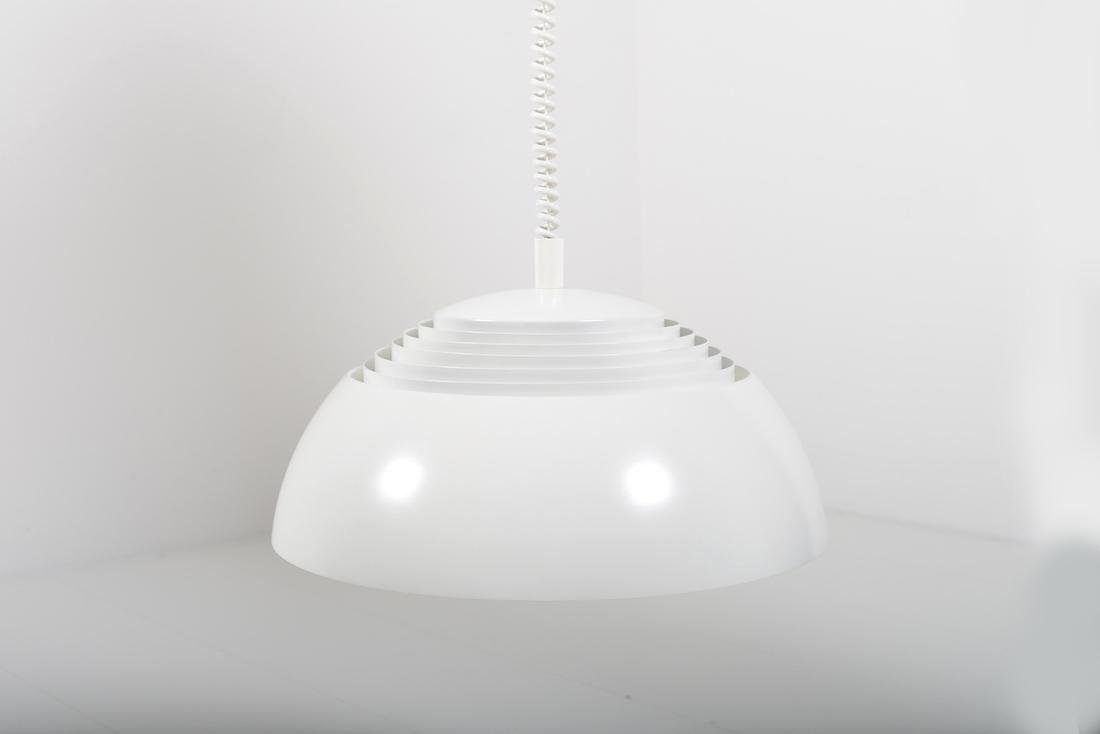 AJ-Pendel by Arne Jacobsen - Room of Art