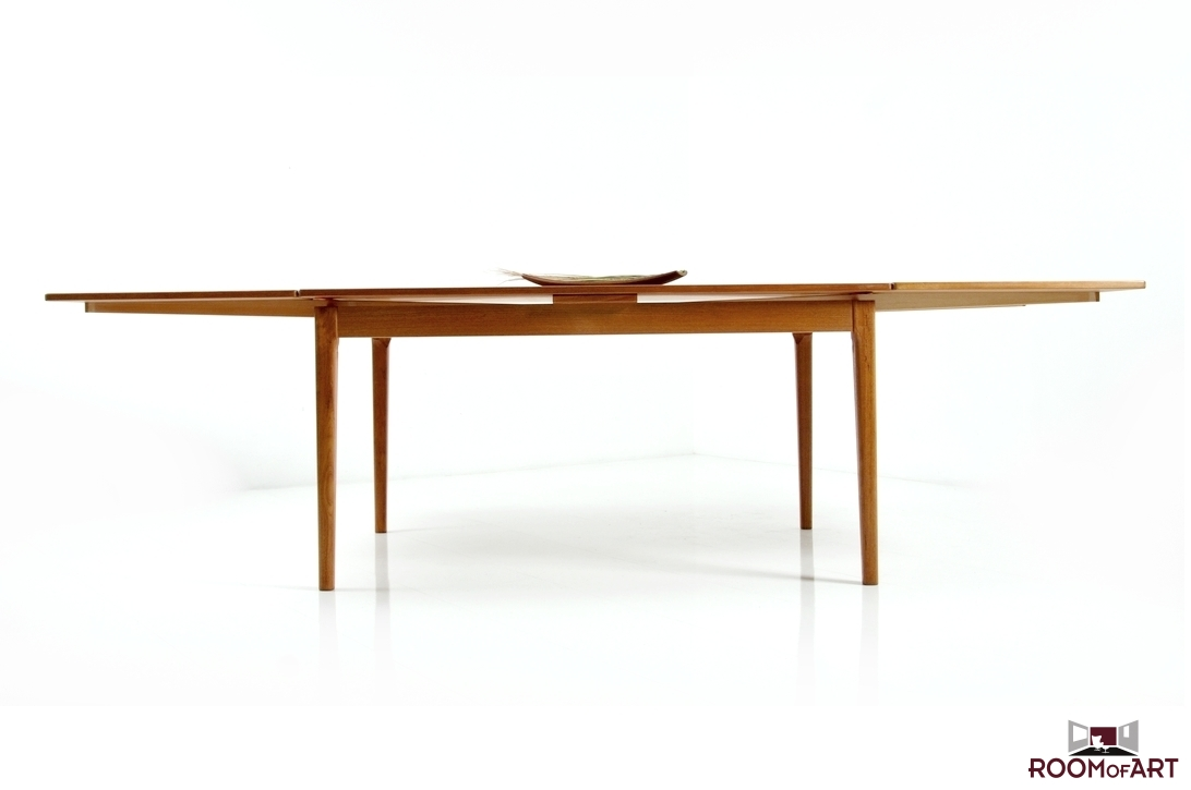Hq Danish Dining Table By Dyrlund Room Of Art