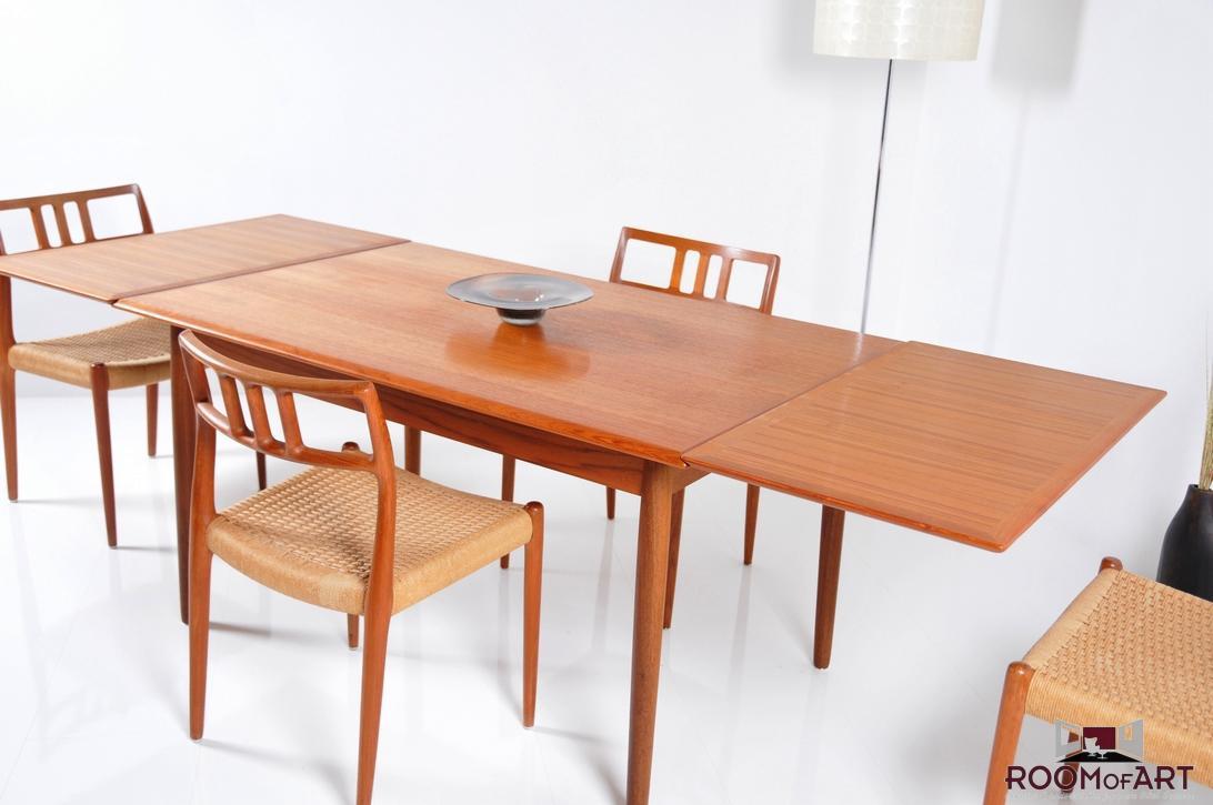 Beau Mid Century Danish Dining Table In Teak