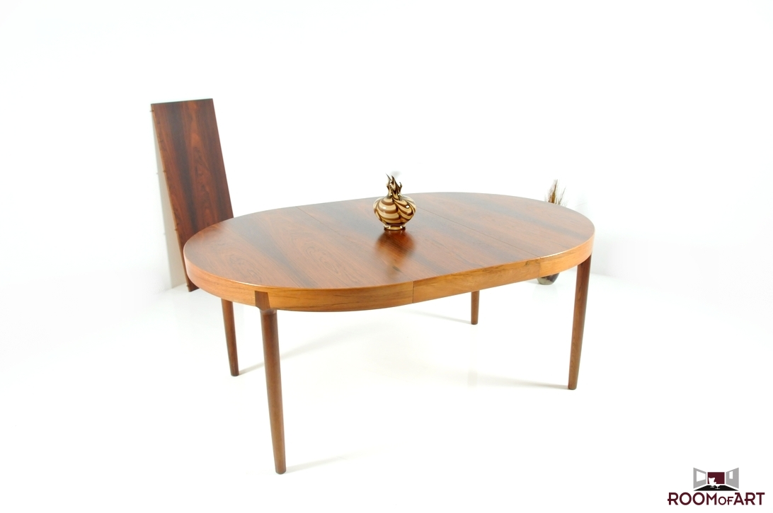 Dining table in palisander by harry stergaard room of art for Dining table harry styles