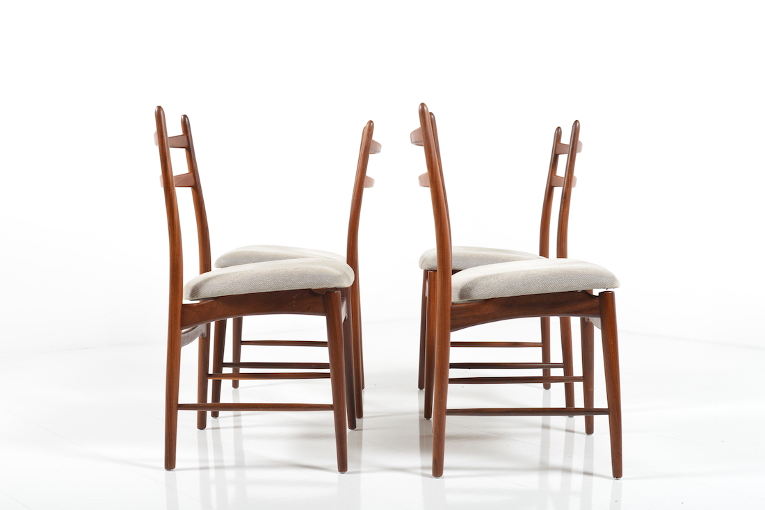 dinner chairs in teak