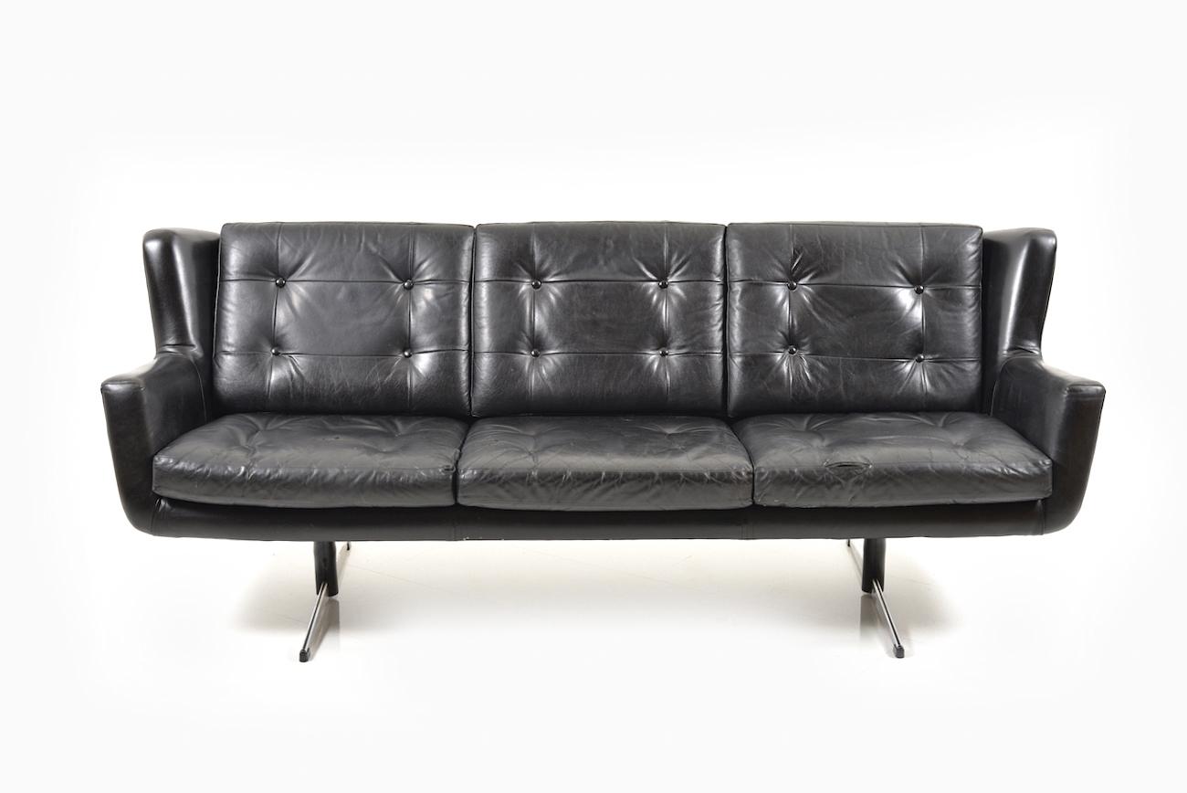 - Danish Leather Sofa By Skjold Sørensen - Room Of Art