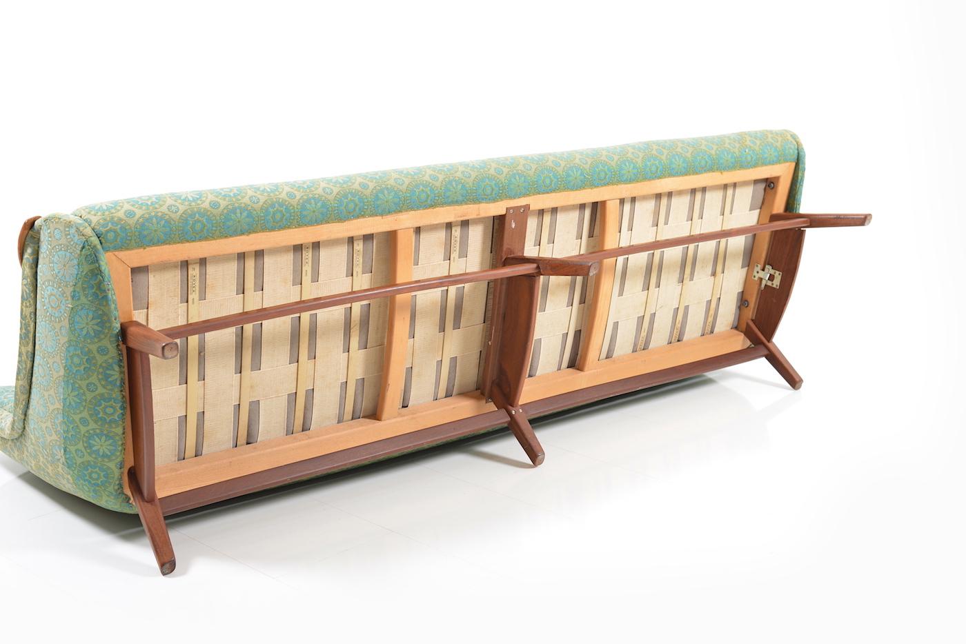 Prototype sofa by svend skipper room of art for Sofa set designer collection